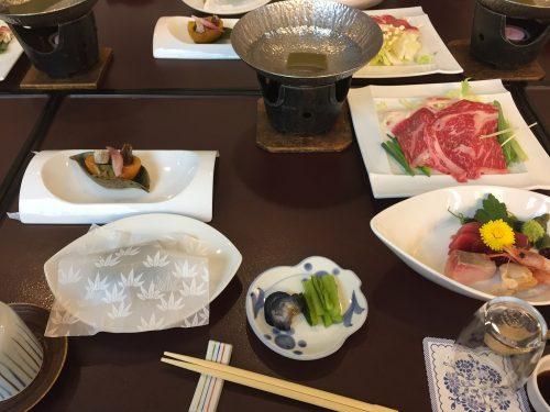 森秋旅館夕食